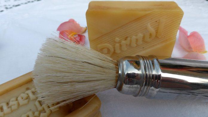 Cosmetice naturale pentru barbati