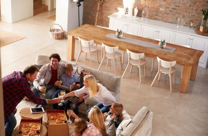 Cum sa mobilezi zona de living si dining