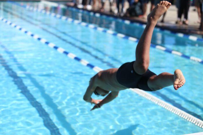 Cursuri de înot pentru copii și adulți în bazine foarte moderne